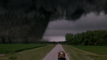 เรื่อง ทวิสเตอร์ ที่เจอเหตุการณ์พายุ