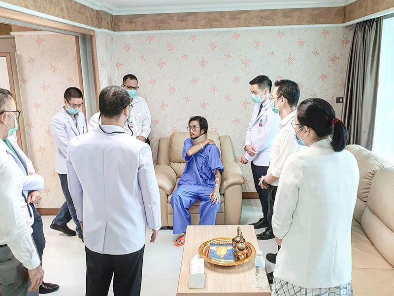 ก้อยรัชวิน ตั้งใจทำหน้าที่ภรรยาดูแลพี่ตูนป่วย